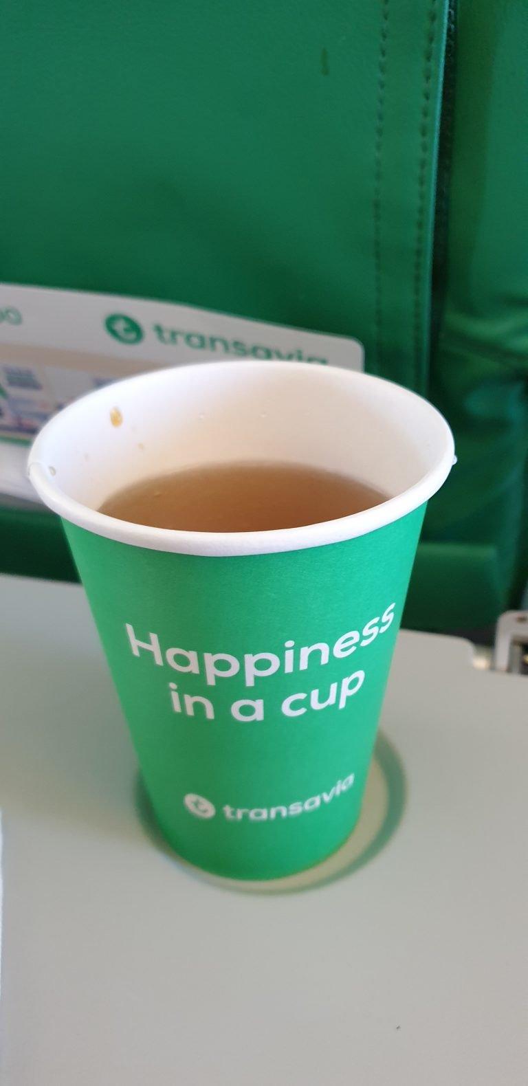 Happiness in a cup, aan boord van Transavia